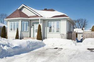Maison - à vendre - Contrecoeur - 11333872