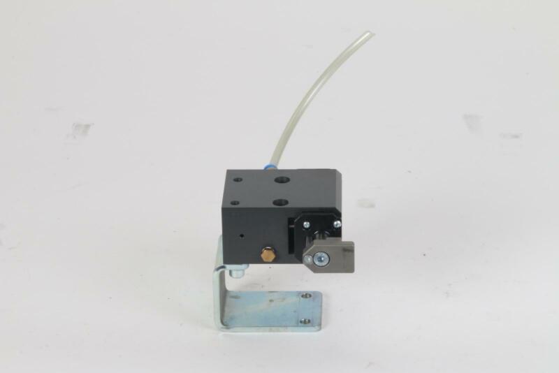 FlexLink XT XTPD D35 #1239 Pneumatic Damped Pallet Stopper 5053783 Rail Bracket