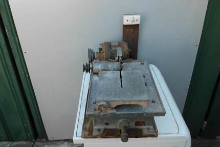 """Gemmasta 6"""" Sliding Table Opal Slicing Saw. $640 Clarence Park Unley Area Preview"""