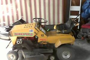 Greenfield ride on lawn mower for sale anniversary special editio Strathpine Pine Rivers Area Preview