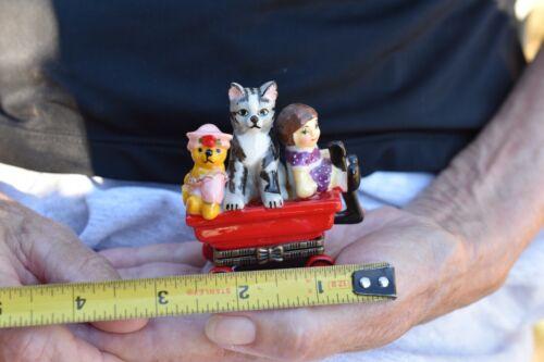 Hinged Lid Trinket/Pill BoxTabby Cat Topper kitten