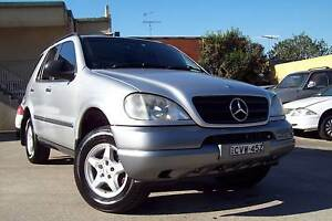 MERCEDES BENZ ML320 (4X4) WAGON LOADED WITH LUXURY FEATURES VERY Windsor Hawkesbury Area Preview