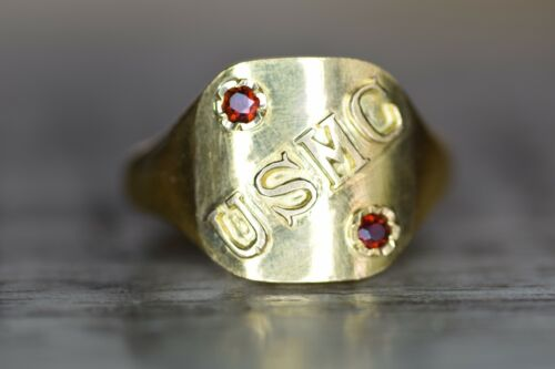 Pristine Vintage 18k Solid Gold U.S. Marine Corps Custom Jeweler Made Ring USMC