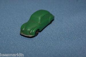 Marklin-860-6-DKW-green-ho-scale-car-of-1953-version-1