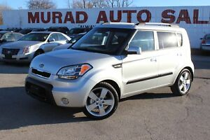 2010 Kia Soul !!! MANUAL !!! HEATED SEATS !!!