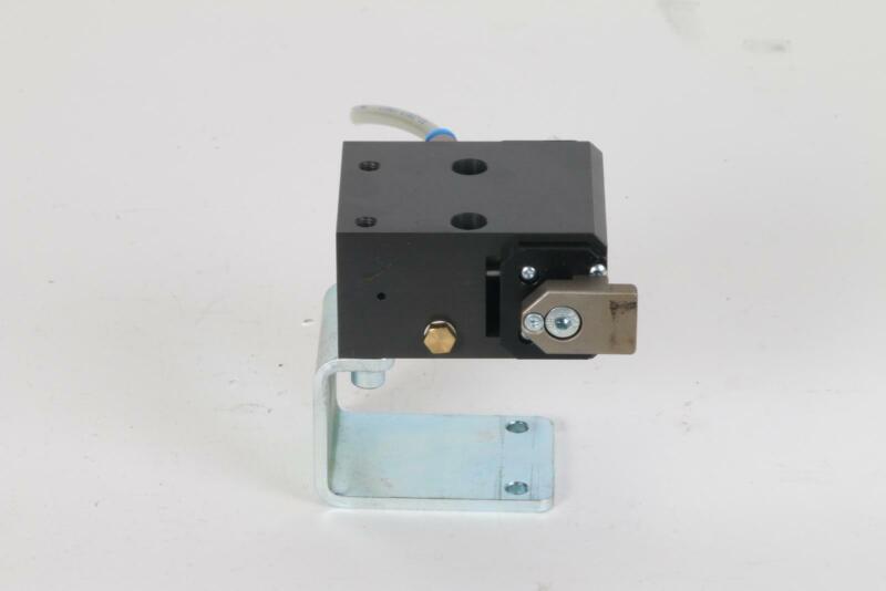 FlexLink XT XTPD D35 #1137 Pneumatic Damped Pallet Stopper 5053783 Rail Bracket