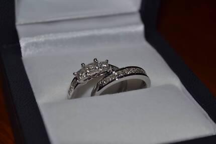 1.5CT Diamond & White Gold Princess Cut Engagement Ring Bridal Set!