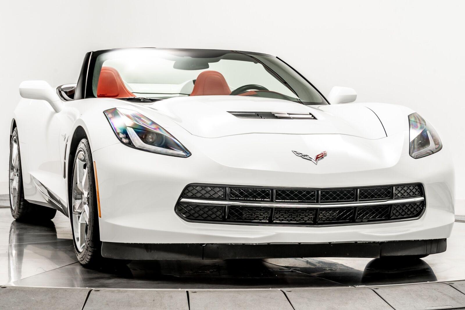 2015 White Chevrolet Corvette Convertible 3LT   C7 Corvette Photo 2