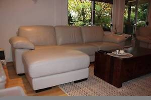 Freedom Leather Lounge- chaise North Narrabeen Pittwater Area Preview