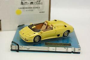 Heco-Modelos-Resina-1-43-Lamborghini-Diablo-Roadster-Salon-Paris-1992-Amarillo