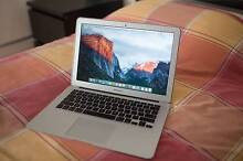 """MACBOOK AIR 13"""" MID 2011 // 1.7GHZ / INTEL CORE i5 // 128GB / 4GB Williamstown Hobsons Bay Area Preview"""