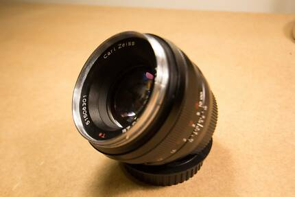 Zeiss 50mm planar T* (Canon EF Mount)