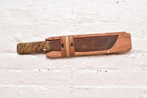 "Vintage Philippine Filipino Moro Barong Sword Knife Blades Edged ATQ weapon 20""."