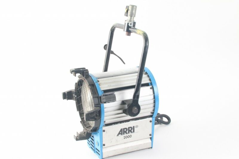 Arri 2000 Tungsten Fresnel Light- No Barndoors or Clamp