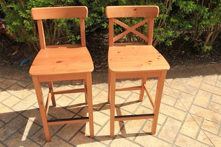 Bar stools wood very good condition