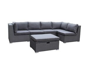 Outdoor Sectional Sofa/Divan! 6MCX! Sunbrella! NEW