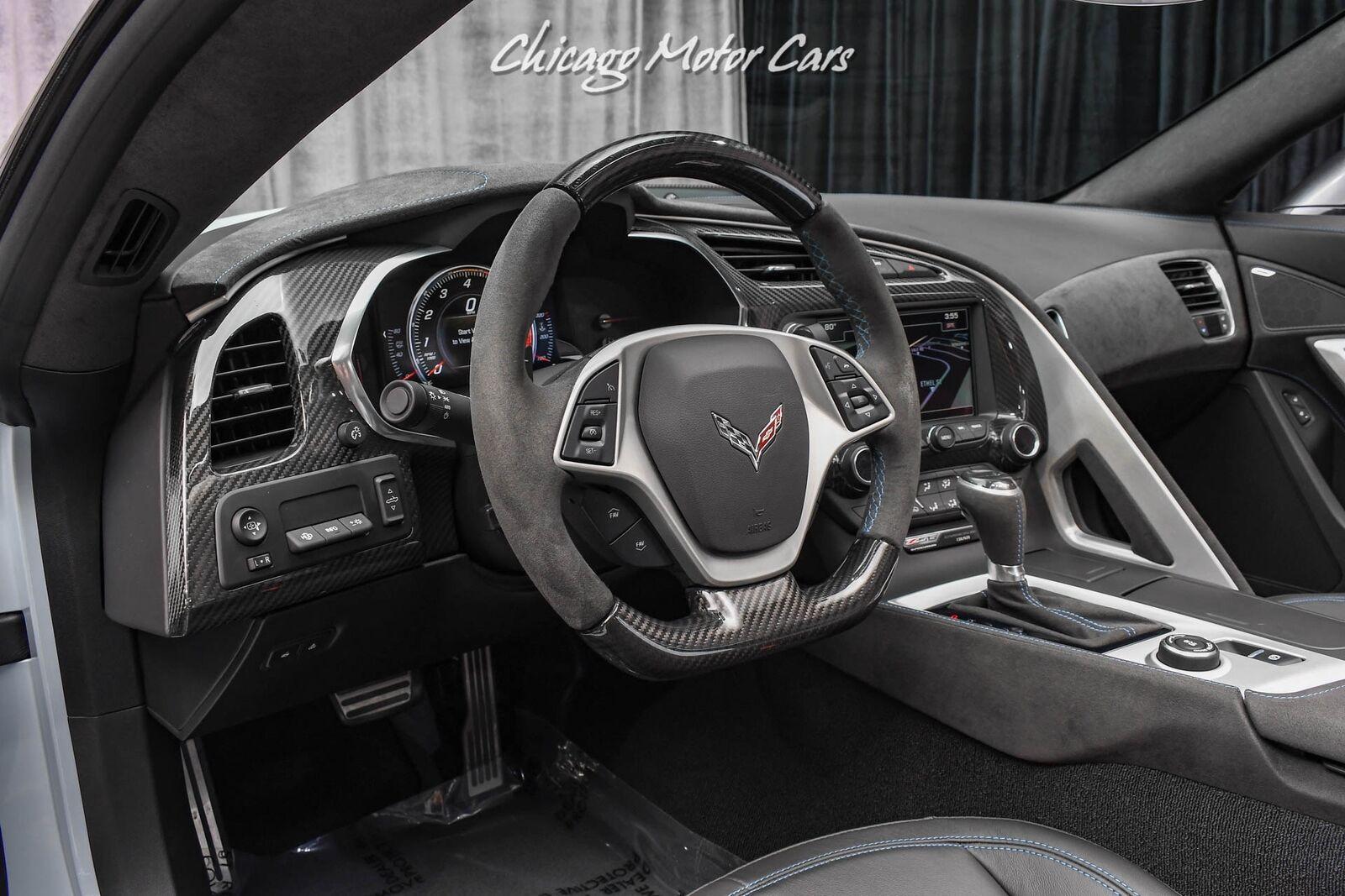 2018 White Chevrolet Corvette Z06 3LZ | C7 Corvette Photo 8