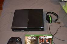 1Tb Xbox one in perfect condition Hove Holdfast Bay Preview