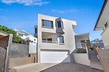 Freestanding Home - walk to Broadwater! Biggera Waters Gold Coast City Preview