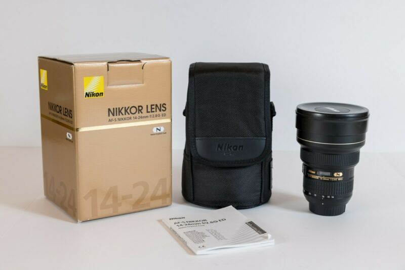 Nikon AF-S Nikkor 14-24mm f / 2.8G ED Camera Lens Lightly Used