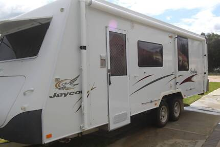 Jayco Stirling 25 foot Caravan - absolute luxury & comfort Armadale Armadale Area Preview