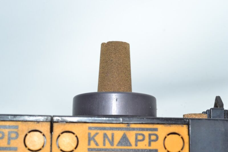 Knapp mPm  AIR PRESSURE REGULATOR control valve plate pneumatic