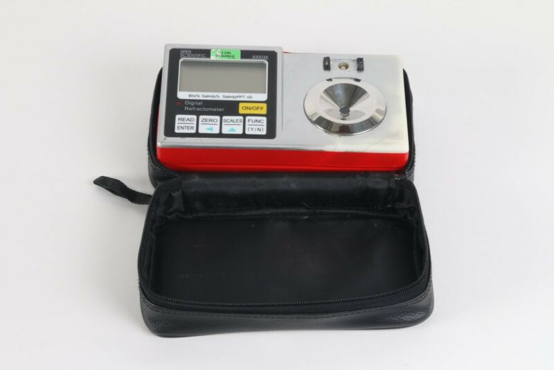 Sper Scientific 300035 Digital Refractometer - Damage