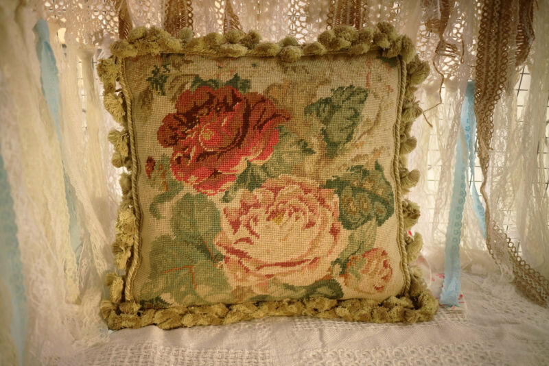 """16"""" Vintage Shabby Chic Hand Woven Needlepoint Pillow Victorian Floral Roses"""