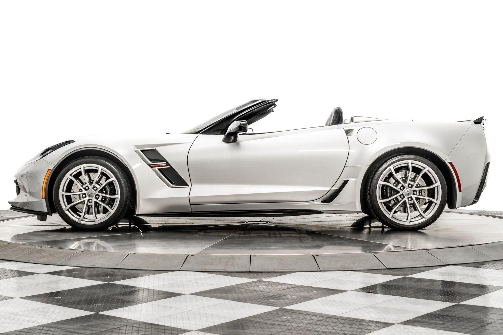 2019 Silver Chevrolet Corvette Grand Sport 2LT | C7 Corvette Photo 5