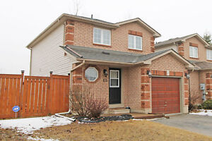 Gorgeous Big 3 Bedroom House in South-End Barrie - 101 Wessenger