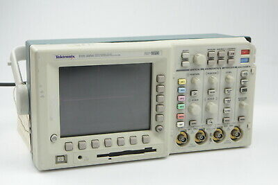 Tektronix Tds3054 4 Ch Oscilloscope 500mhz 5gsassee Discription