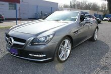 Mercedes-Benz SLK 300 Sport-Paket Panorama Comand PDC