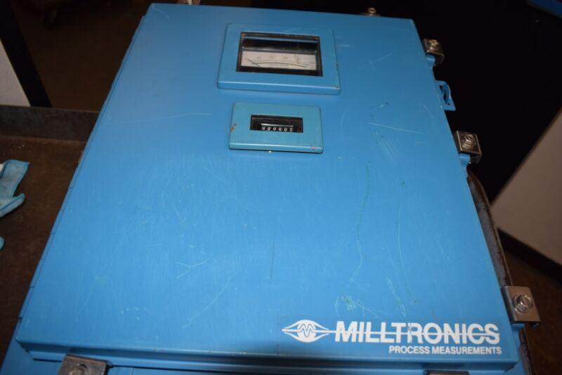 Siemens MILLTRONICS CONTROL PROCESS UNIT IN ENCLOSURE Flow meter IOL6B PCB