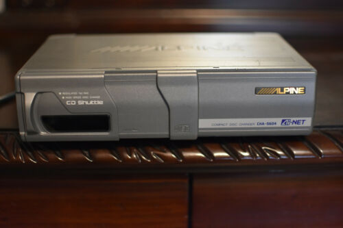 ALPINE CHA-S604 6-Disc CD Changer