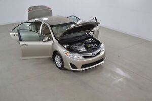 2014 Toyota Camry LE 2.5L Bluetooth*Sieges Chauffants*Camera Rec