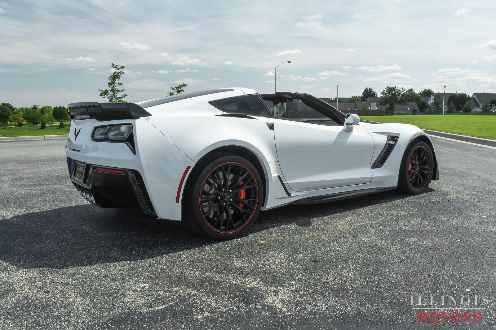 2017 White Chevrolet Corvette Z06    C7 Corvette Photo 6