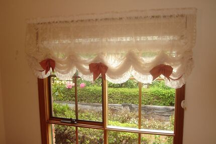 Lace Austrian Curtains (Suit Baby Nursery or Small Girls Room)