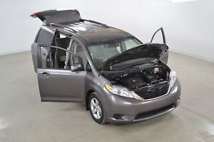 2012 Toyota Sienna LE V6 8 Passagers Portes Coulissantes Electri