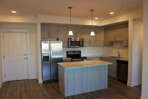 304 - Fall Promo! Free Early Move In! Free Underground Parking!