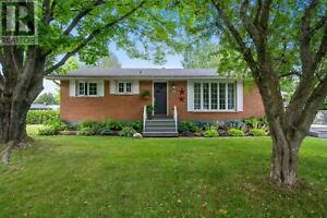 52 Southwood DR Sault Ste. Marie, Ontario