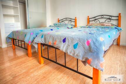 SPECTACULAR TWIN SHARED ROOM IN THE CITY FOR ONE MALE ROOMIE