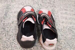 Junior Asham curling shoes