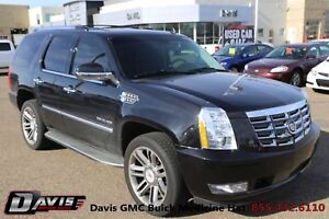 2013 Cadillac Escalade Heated seats! Navigation! Sunroof!