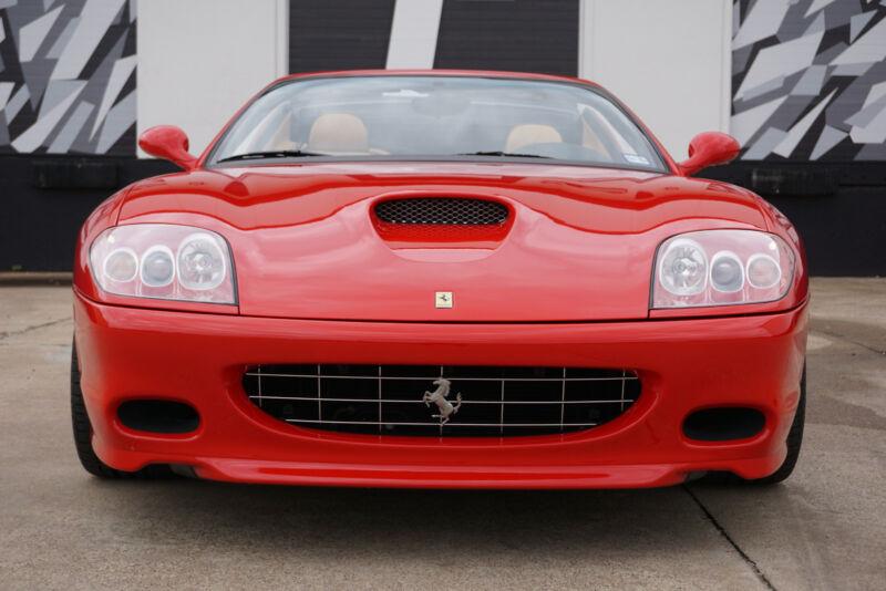 Image 3 Voiture Européenne d'occasion Ferrari Superamerica 2005