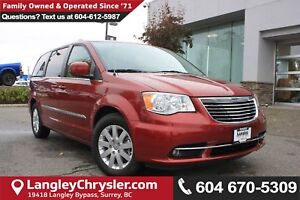 2016 Chrysler Town & Country Touring *ACCIDENT FREE*ONE OWNER...