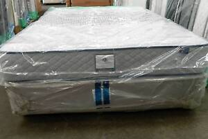 AUSTRALIAN MADE CROWN  REGENCY COMFORT CARE  FIRM QUEEN MATTRESS Clayton South Kingston Area Preview