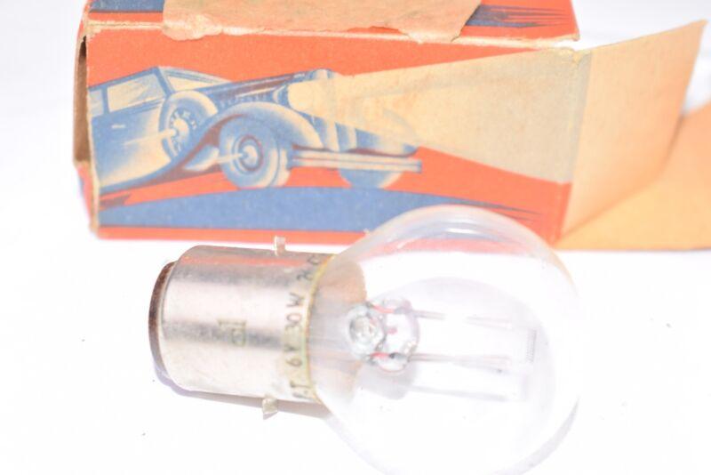 Vintage RFT 6V 30W 264736/06 Automotive Bulb
