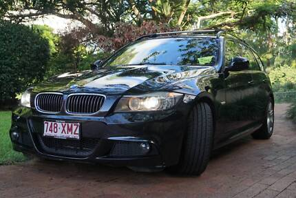 BMW 323i Wagon