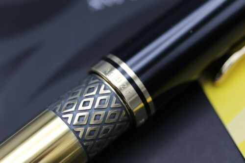 Pelikan M800 Commonwealth Games 1998 Limited Edition Fountain Pen - UNUSED 4