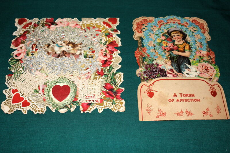 #7208,Large Collection Vintage Valentines